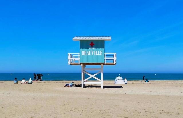 Deauville plage / Normandie / Lifeguard station