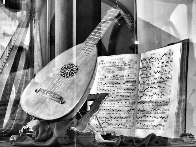 Antiphonary and Venetian Lute