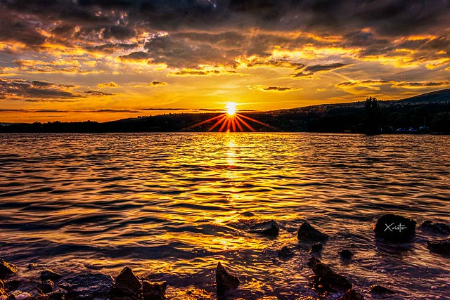 Sunset at Bezden (Dayless village)_