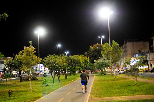 Investimento em LED reflete na 1ª Avenida de Samambaia