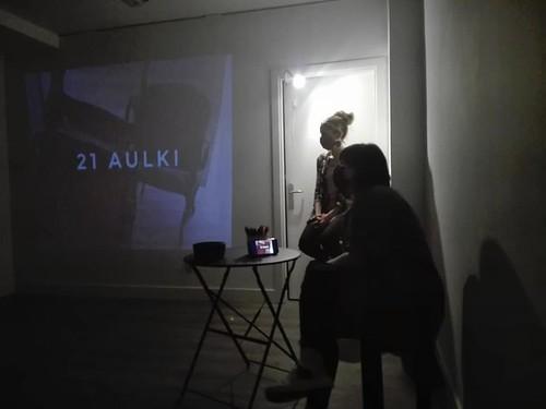 21 aulki: 'Mugakidetzan'