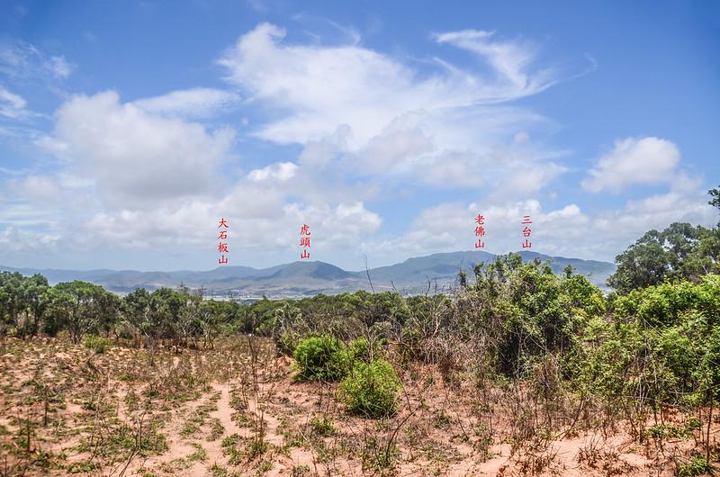 南太平頂山東北望三台山、老佛山、虎頭山(由右至左)