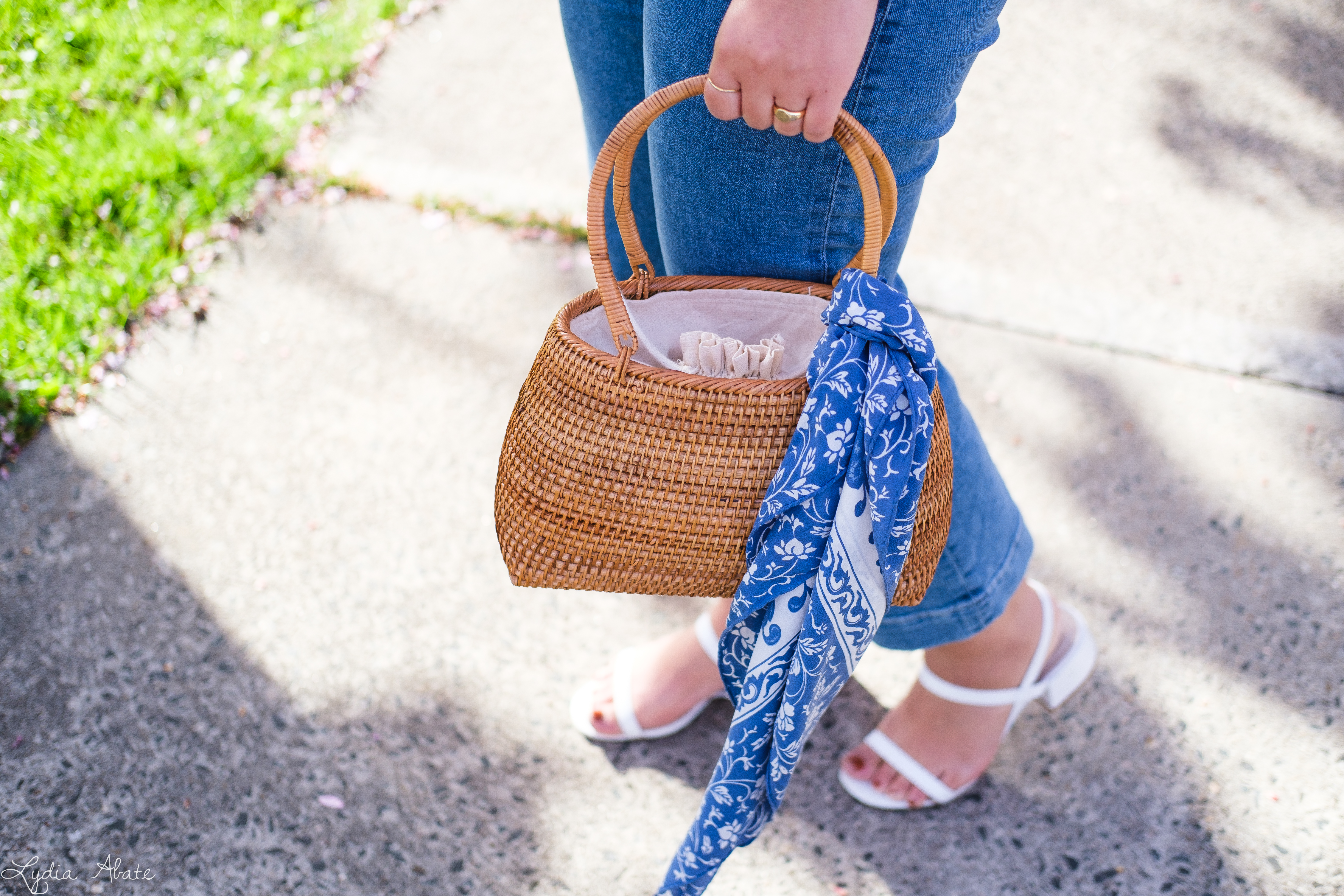 lace puff sleeve blouse, cropped jeans, basket bag-10.jpg