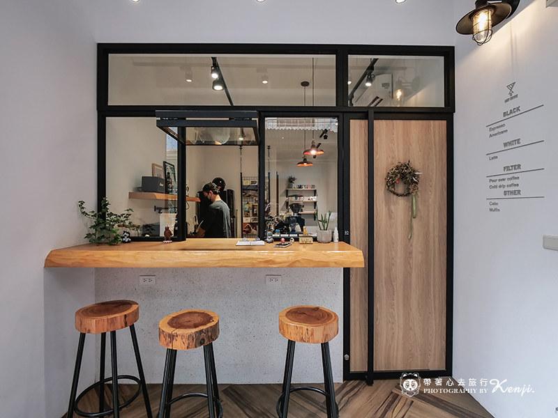 lazy-cafe-4