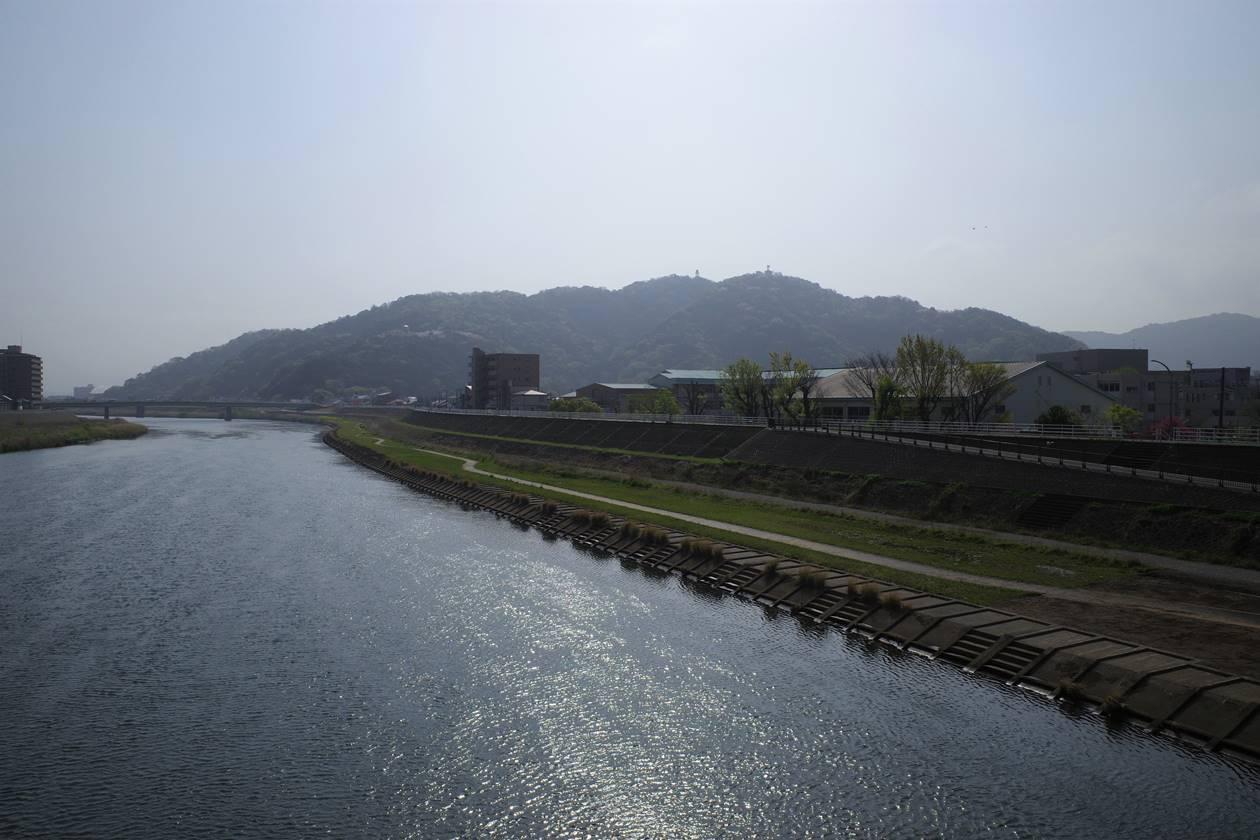 沼津駅から香貫山へ