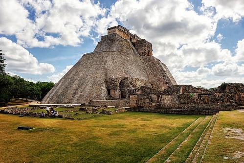 Pirámide del Adivino IV