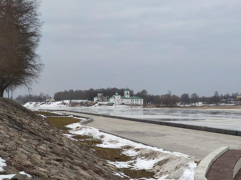 Псков - Набережная реки Великой