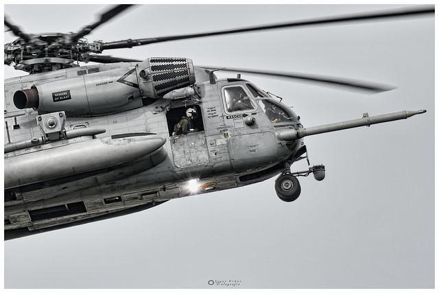 CH-53E Super Stallion-Sikorsky 162001-YS 21-US Marines Corp, VMM-162  NAS Rota  USS Iwo Jima (LHD-7)