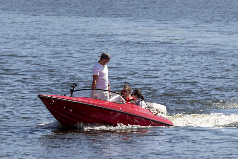 Red Speed Boat