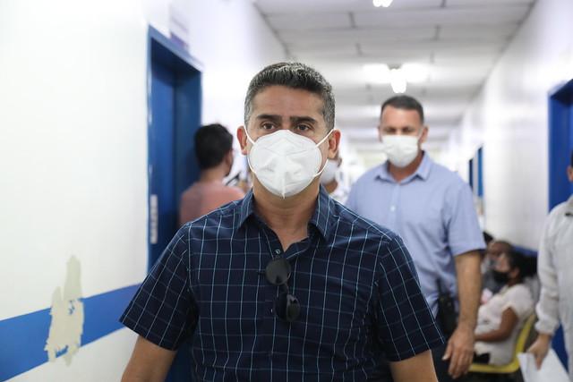 31.05.21 - Prefeito David Almeida vistoria unidade de saúde em busca de melhorias