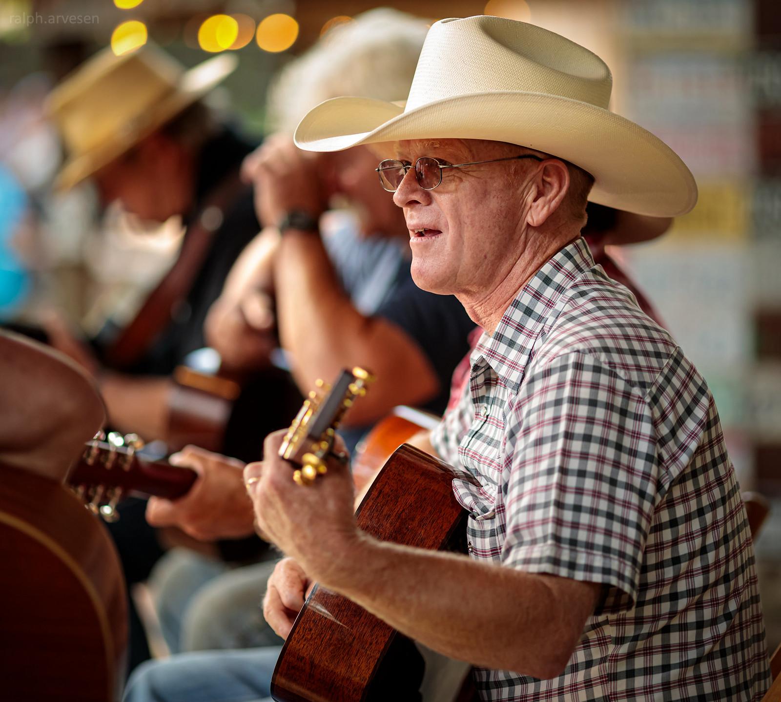 Luckenbach Texas | Texas Review | Ralph Arvesen