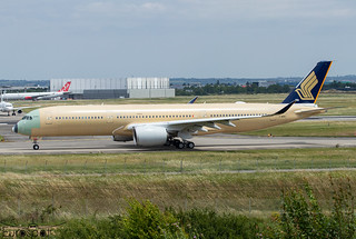 F-WZNY / 9V-SJE Airbus A350-941 Singapore Airlines s/n 460 - First flight * Toulouse Blagnac 2021 *