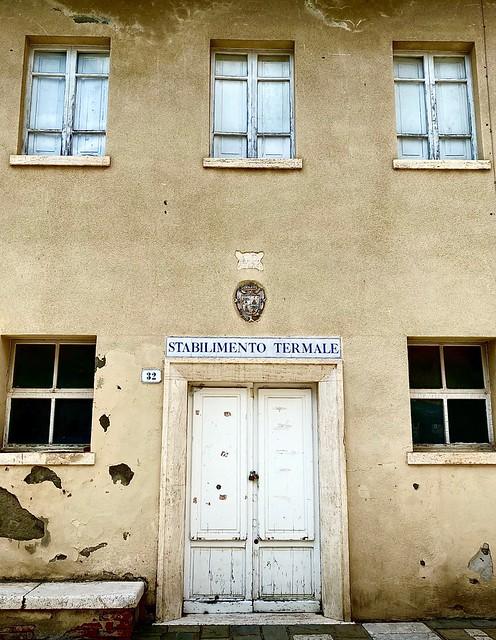 Stabilimento Termale (Bagno Vignoni - Siena)