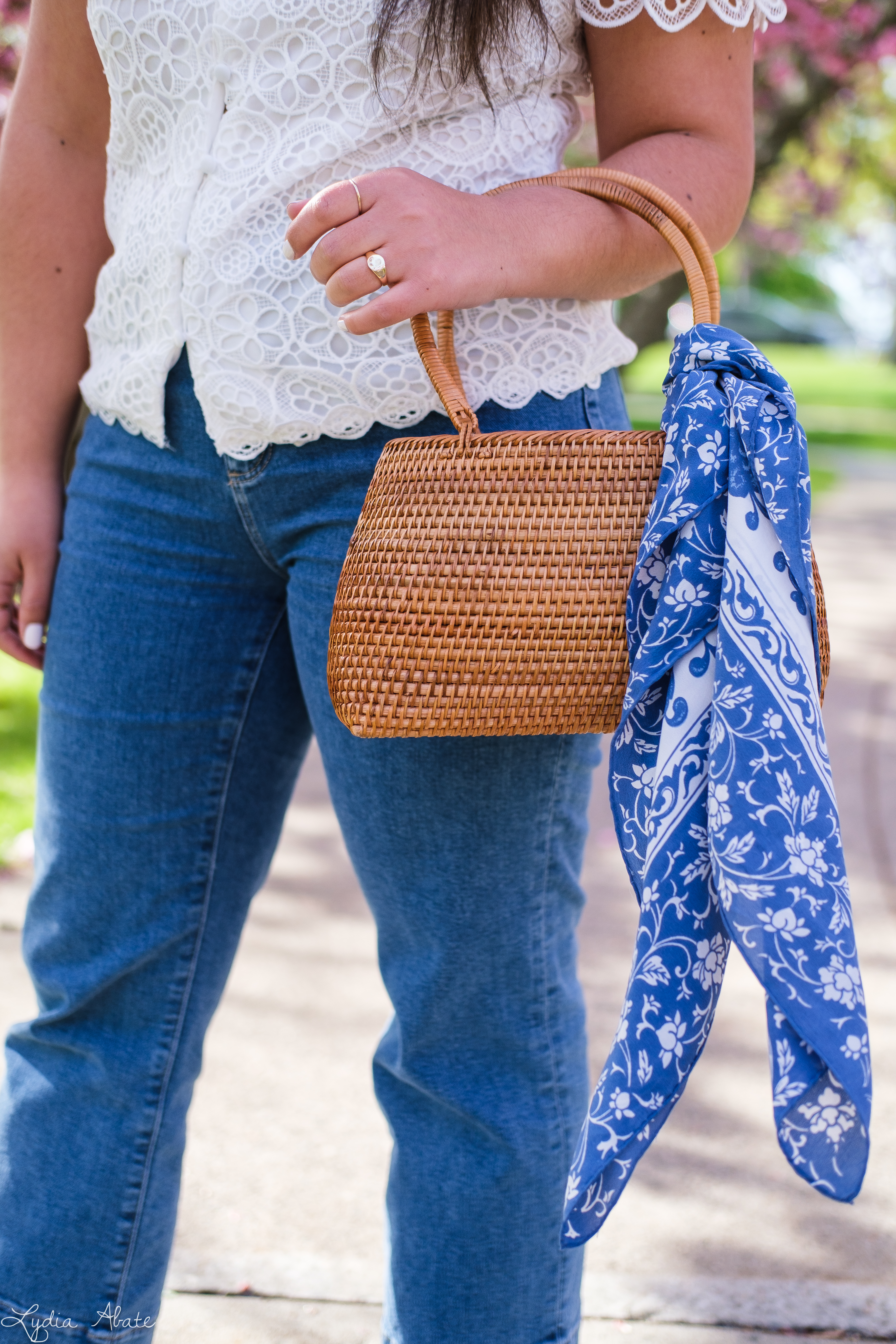 lace puff sleeve blouse, cropped jeans, basket bag-9.jpg