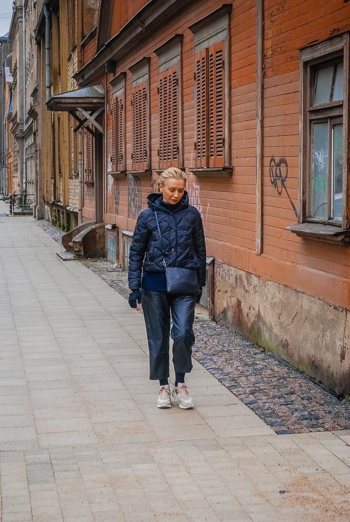 A solitary walk...  15:55:01 DSC_2455