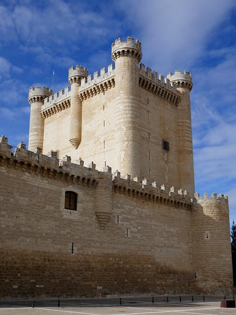 Château de Fuensaldaña XVe siècle, Fuensaldaña, province de Valladolid, Castille-Léon, Espagne.