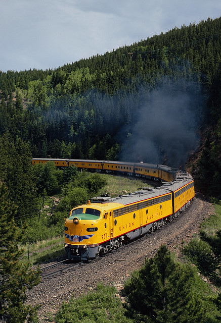Classy train at Cliff