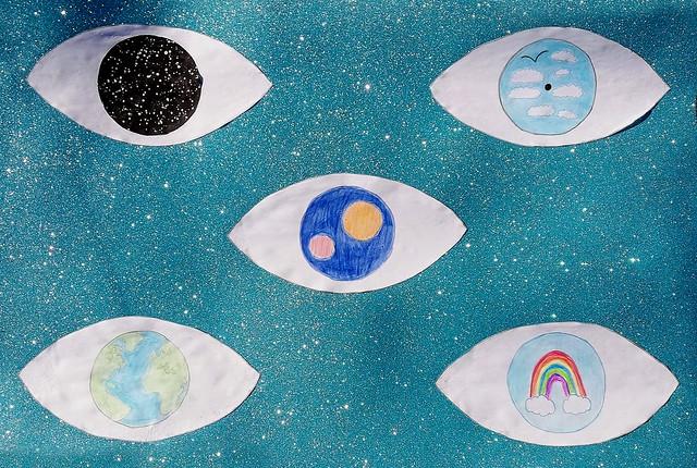 234 - Occhi che guardano il cielo di Angelica 9 anni  Per aver realizzato un'opera dal forte significato simbolico: gli occhi guardano l'universo e diventano il nostro sguardo sul mondo.