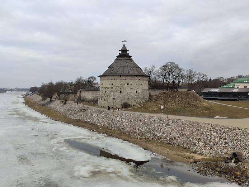 Псков - Покровская башня