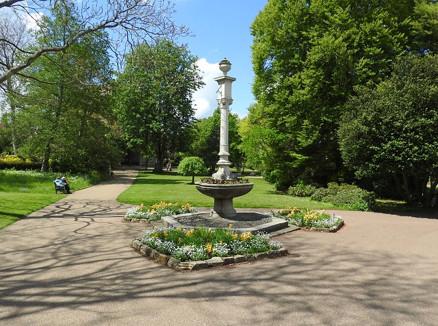 Abbey Gardens & sundial, Bury St. Edmunds