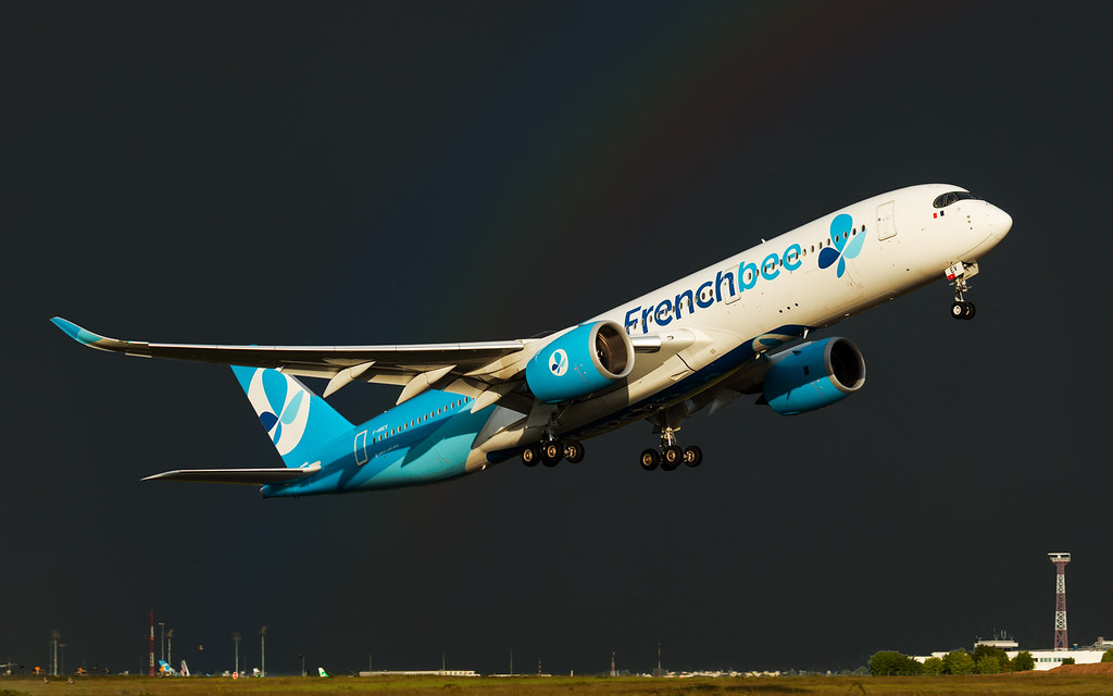 A350 French Bee - F-HREV