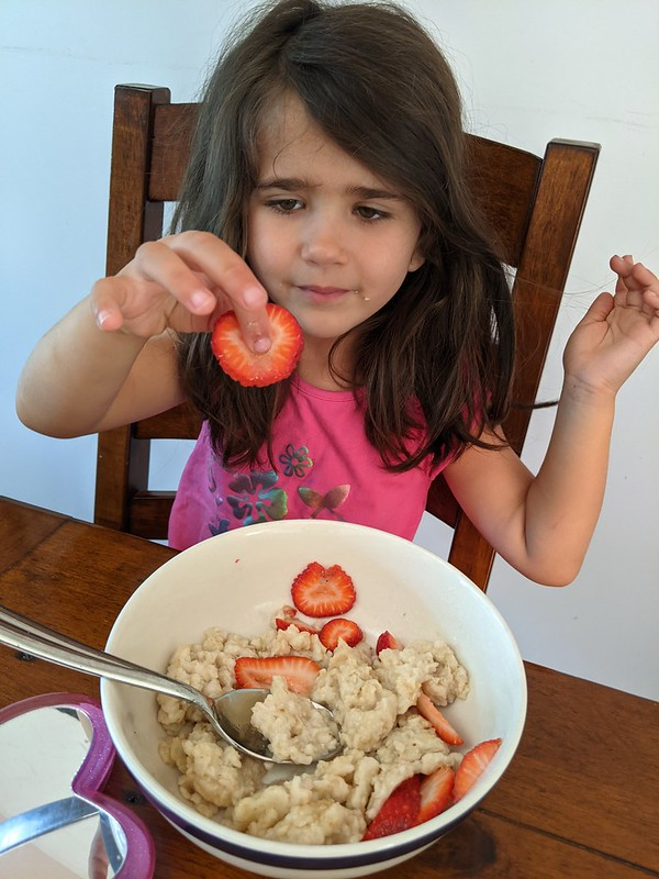 Strawberries and Oatmeal for Breakfast