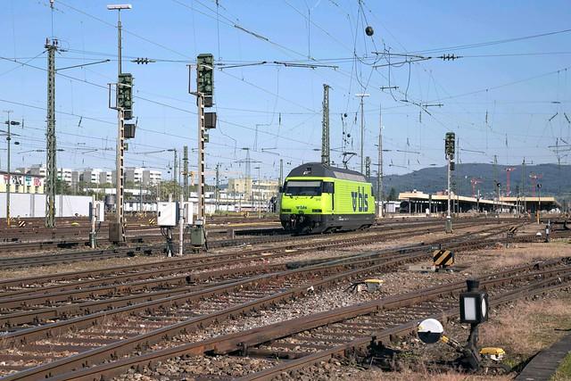 BLS Re 465 018 Basel Badischer Bahnhof