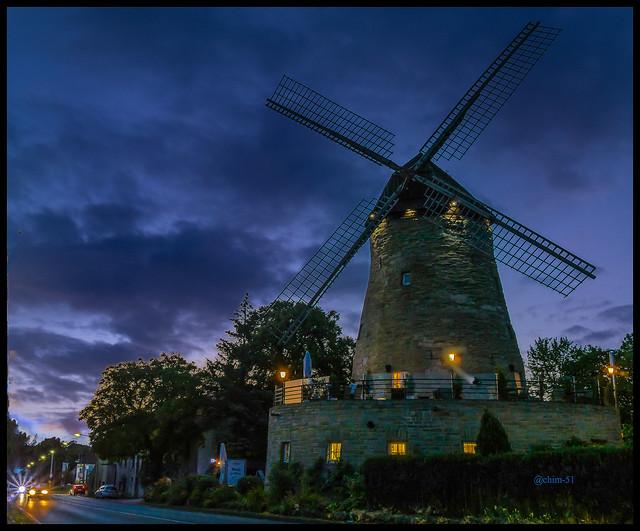 Mühle zur blauen Stunde (on Explore ⭐ June 1, 2021)