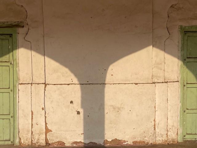 City Monument - Shadow Corridors, Fatehpuri Masjid