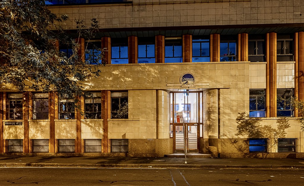 No longer performing the function of part of a world wide movie corporation, the Australian HQ for Paramount Films on Brisbane Street in Sydney's Surry Hills still has the logo over the door.