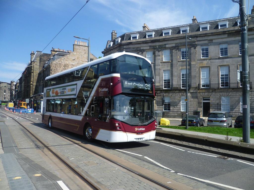 Lothian 1062 on Shandwick Place, Edinburgh.