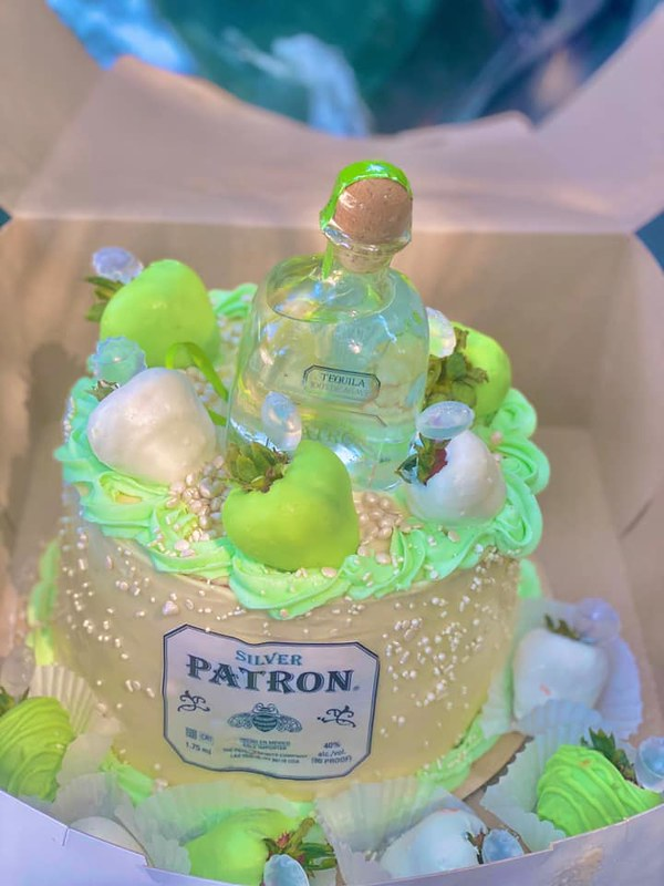 Cake from Cakes By The Pound