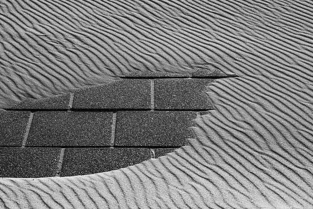 Sous la plage, les pavés