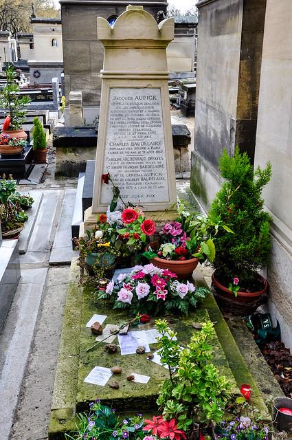 La tombe du poète Charles Baudelaire (1821-1867) au cimetière du Montparnasse, 14e arr. à Paris, Île-de-France, France