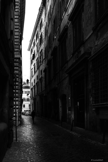 STREET ROMANA