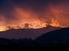 Quito and its Pichincha volcano on fire