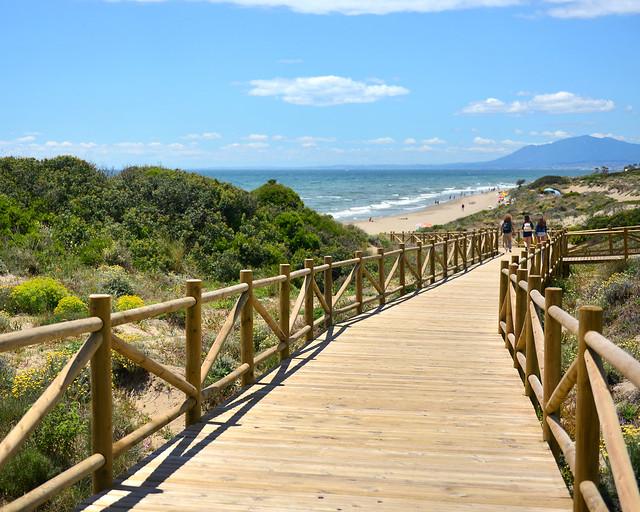Playa de Cabopino, la mejor playa de la Costa del Sol