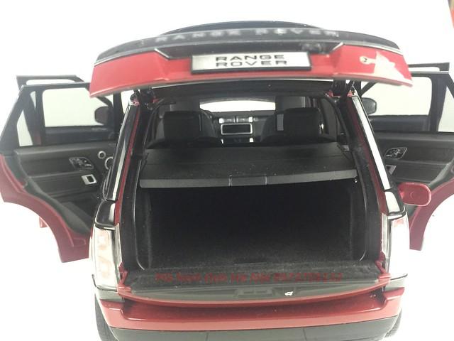 LCD 1 18 Range Rover SV facelift mo hinh o to xe hoi (57)
