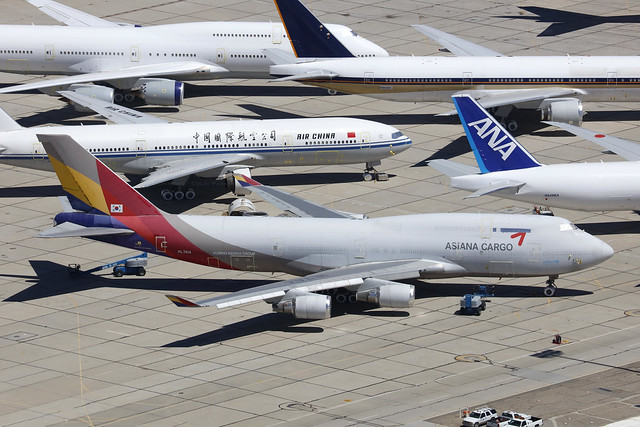 HL7414, Boeing 747-400BDSF, Asiana, Victorville - California