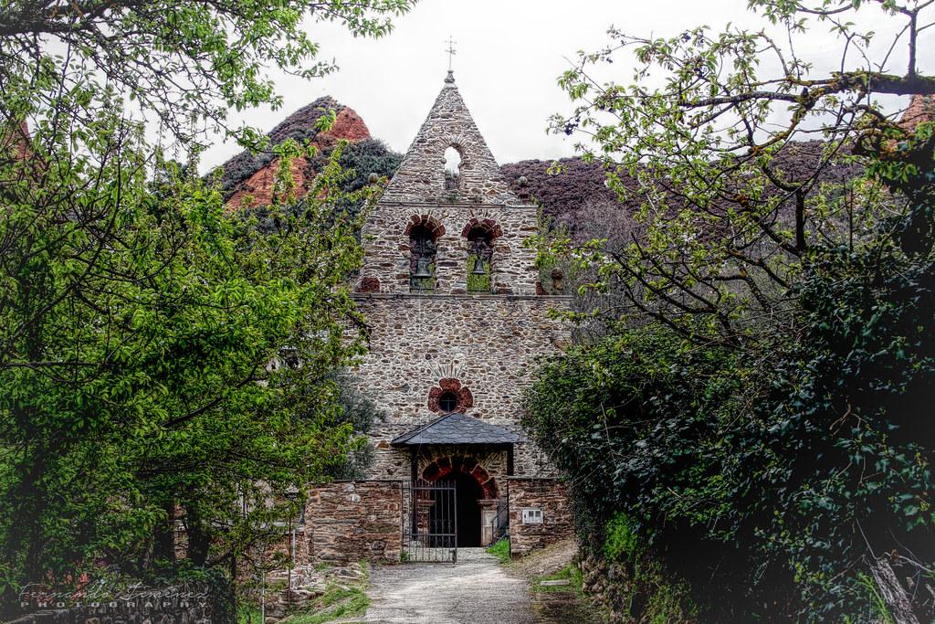 Iglesia de San Simón y San Judas Tadeo