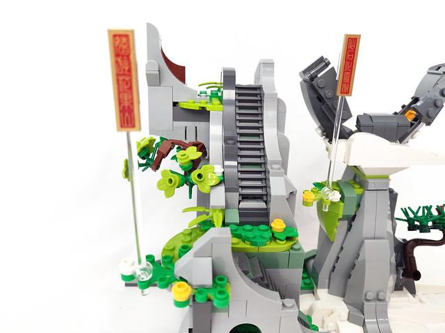 LEGO Monkie Kid The Legendary Flower Fruit Mountain (80024)