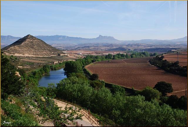 El Ebro desde El Cortijo (La Rioja y País Vasco, España, 13-04-2011)