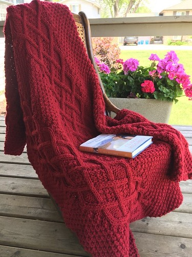 Elizabeth (@su11ysmom) knit this Paton's Cushy Cable afghan to be donated for a future fundraiser.