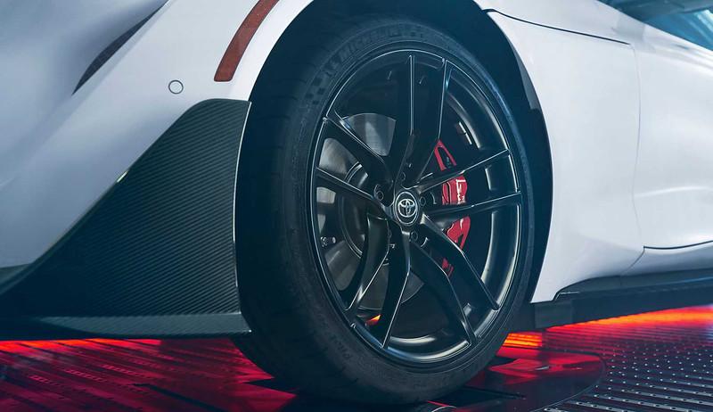 2022-toyota-supra-a91-cf-edition-wheels