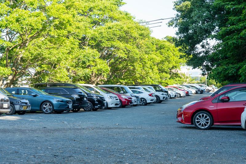 葦毛湿原の駐車場