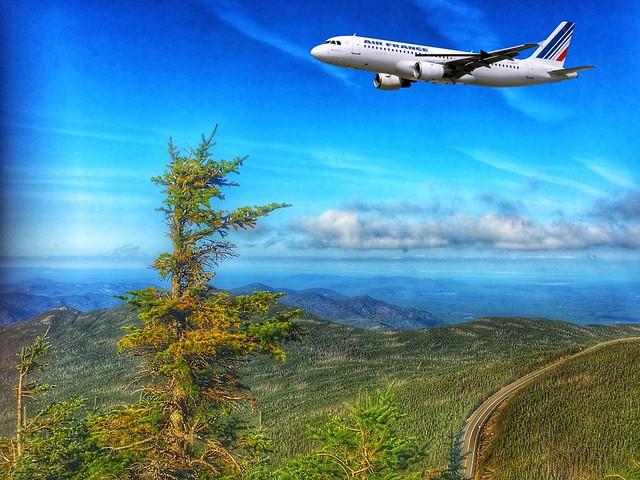 Adirondack Mountains - Whiteface Mountain  - Lake Placid  -  New York - Plane