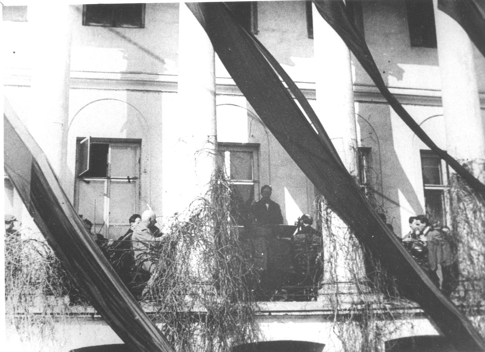 13. 1930. Дом клуба писателей .Похороны В.В.Маяковского