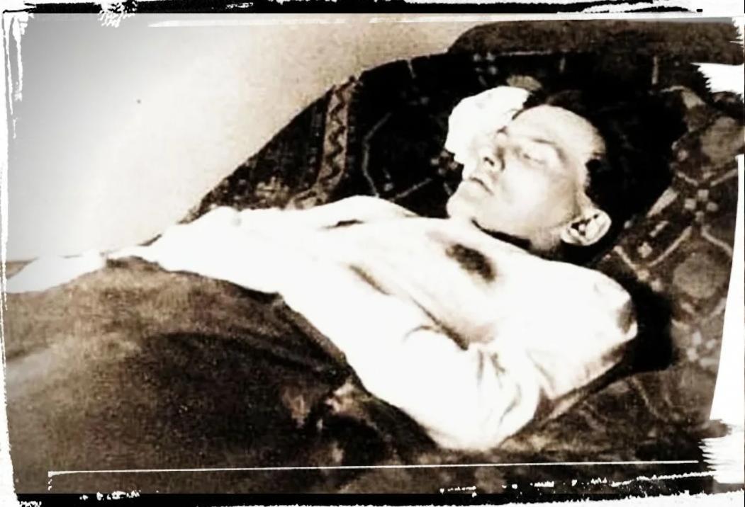 04.1930. Тело Маяковского
