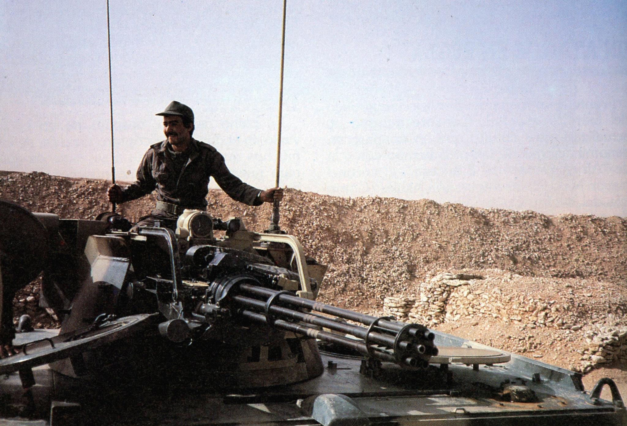 Le conflit armé du sahara marocain - Page 16 51222796302_b21f9dc13e_k_d