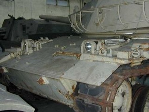 AMX-32